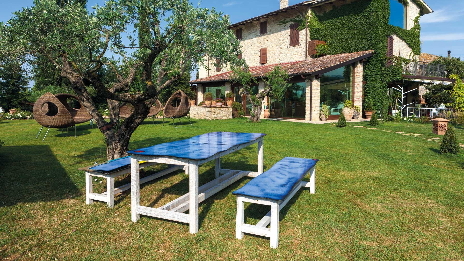 Woody - Tavoli - Domiziani - Pietra lavica design ...