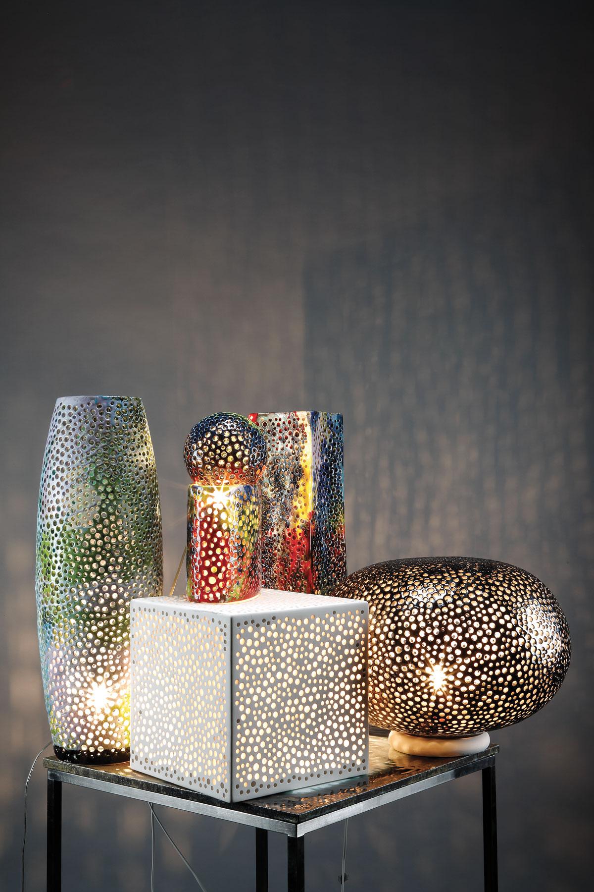 Lampade da tavolo lampade domiziani pietra lavica maiolicata e ceramica made in italy - Lampade da tavolo in ceramica ...